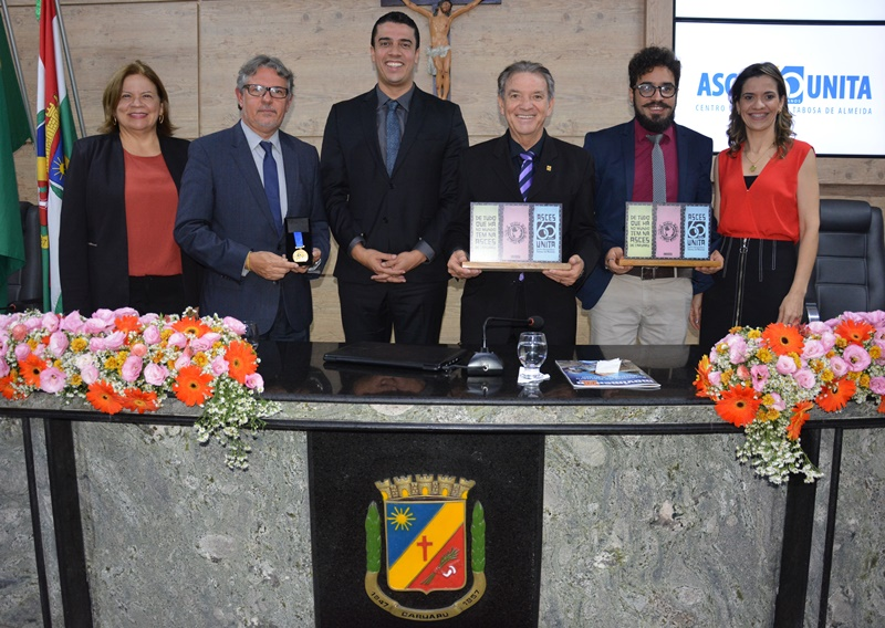 Asces-Unita é homenageada na Câmara Municipal de Caruaru por seus 60 anos