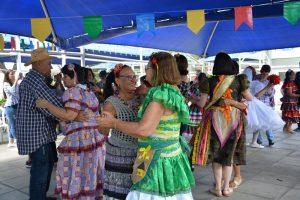 Asces-Unita oferece workshop de danças populares para a terceira idade