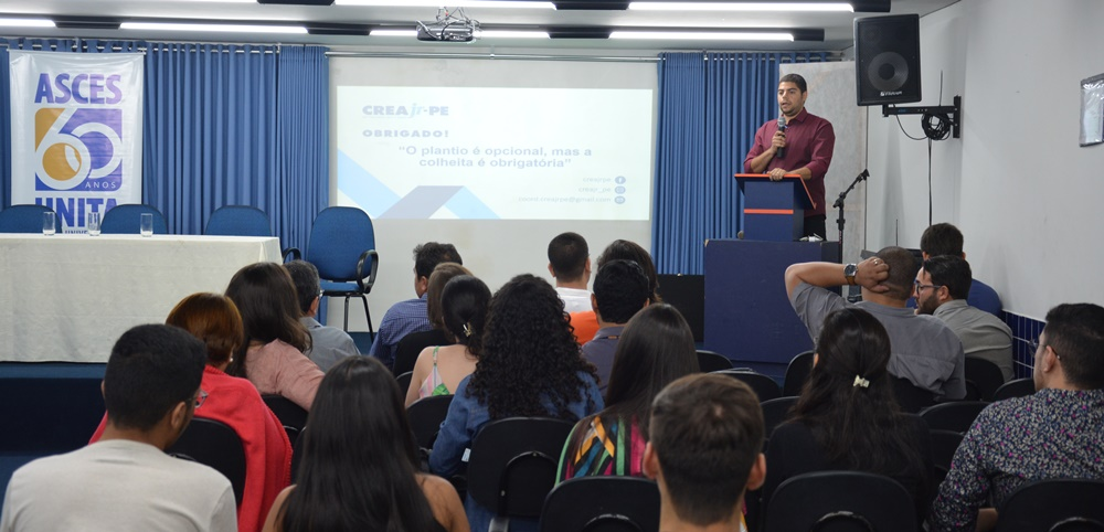 Creajr realizou atividade com estudantes da Asces-Unita